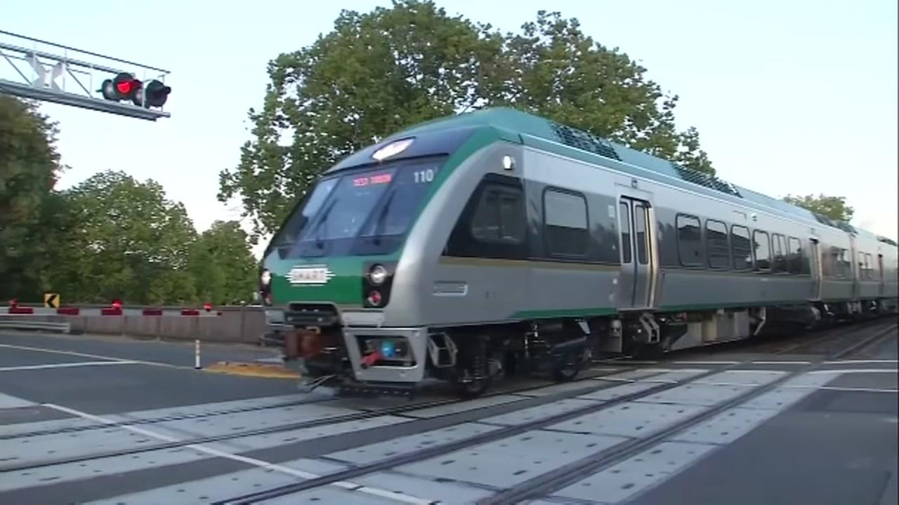 VIDEO: 7 things to know before catching a ride on SMART train