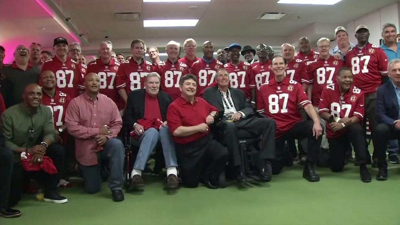 San Francisco 49ers team members and managers are seen honoring Dwight Clark on Sunday, October 22, 2017 in Santa Clara, Calif.