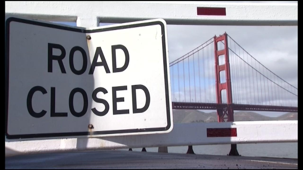 A road closed sign appears near San Franciscos iconic Golden Gate Bridge during a government shutdown on Monday, Jan. 22, 2018.
