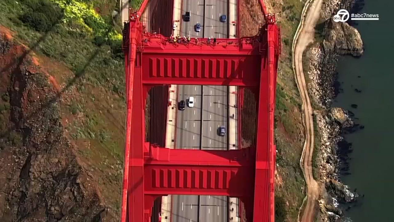 VIDEO: Crews rappel down SFs Golden Gate Bridge