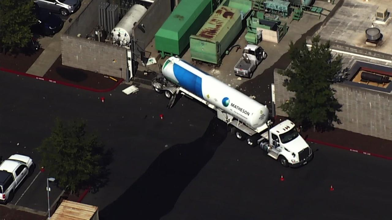 An oxygen truck that caused the shutdown on Highway 101 in Santa Rosa appears on Wednesday, July 18, 2018.