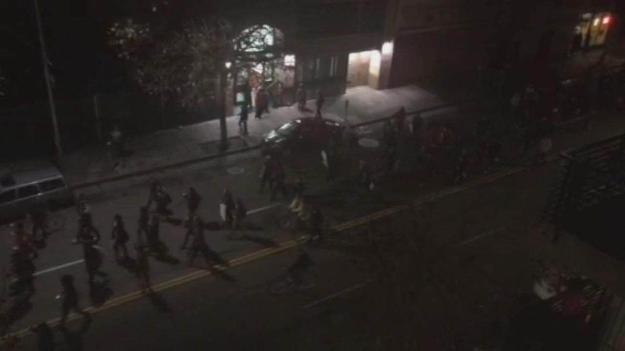 RAW VIDEO: Residents watch Oakland protest move down street