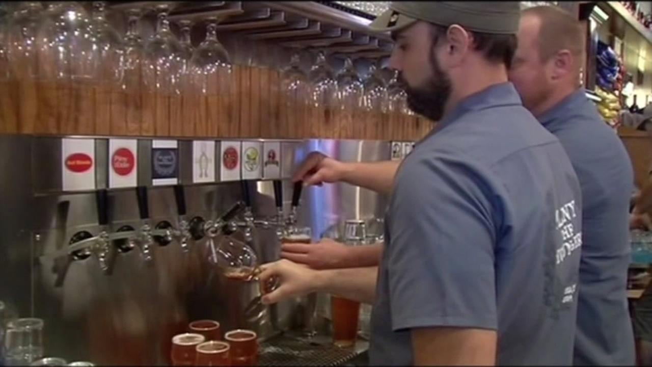 Saint Marys College offers beer-making class