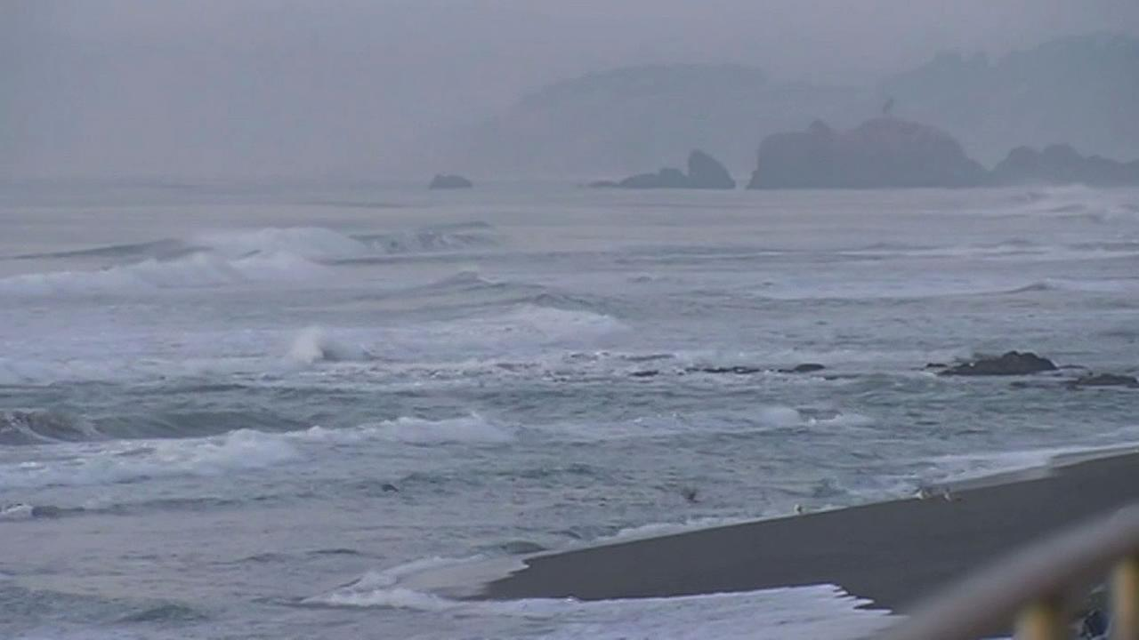 Big waves in Pacifica