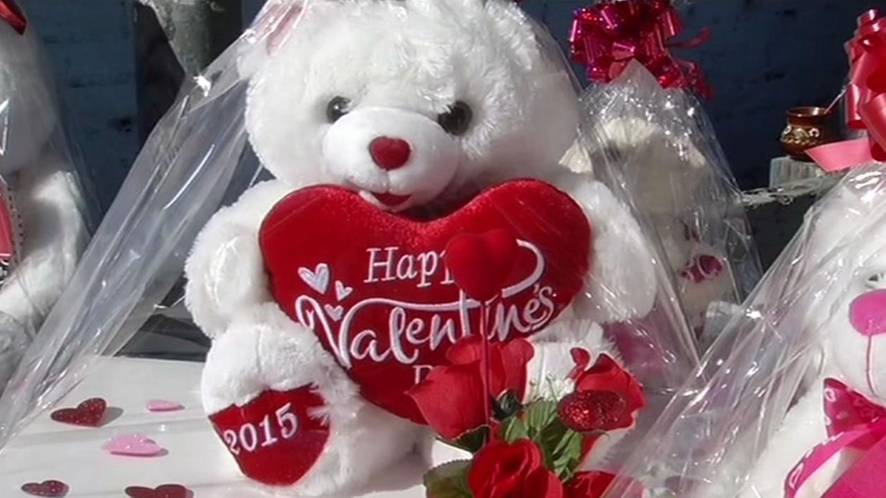 Last Minute Shopping For Your Valentine Sweetheart Abc7news Com