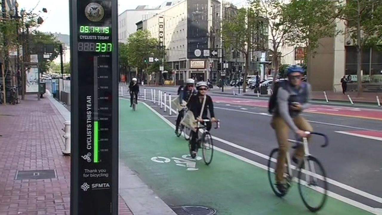 A large number of San Francisco residents took part in the 21st Annual Bike to Work Day on Thursday., May 14, 29015.