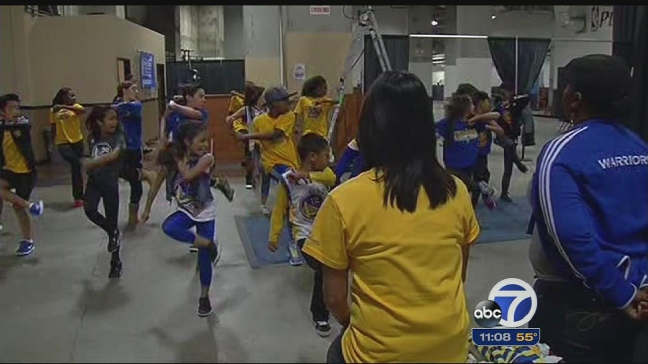 All-kid dance team entertains Warriors fans