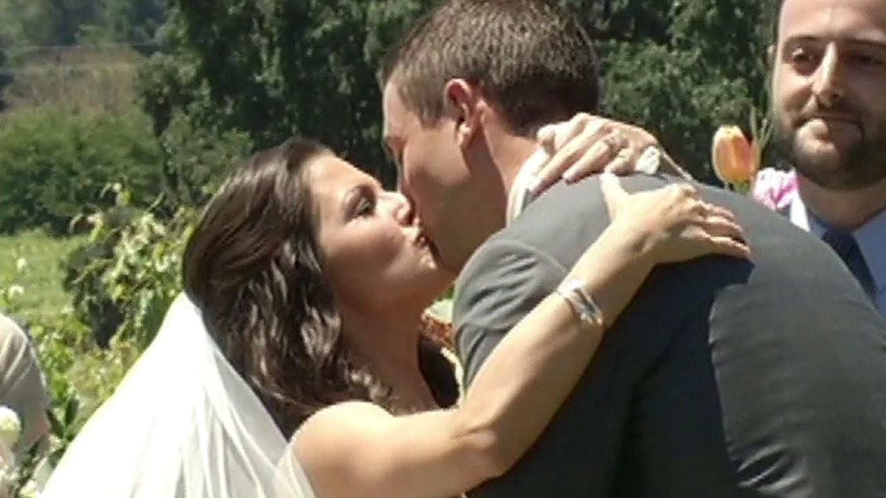 bride Samantha Carisch and groom Taylor Sinclair
