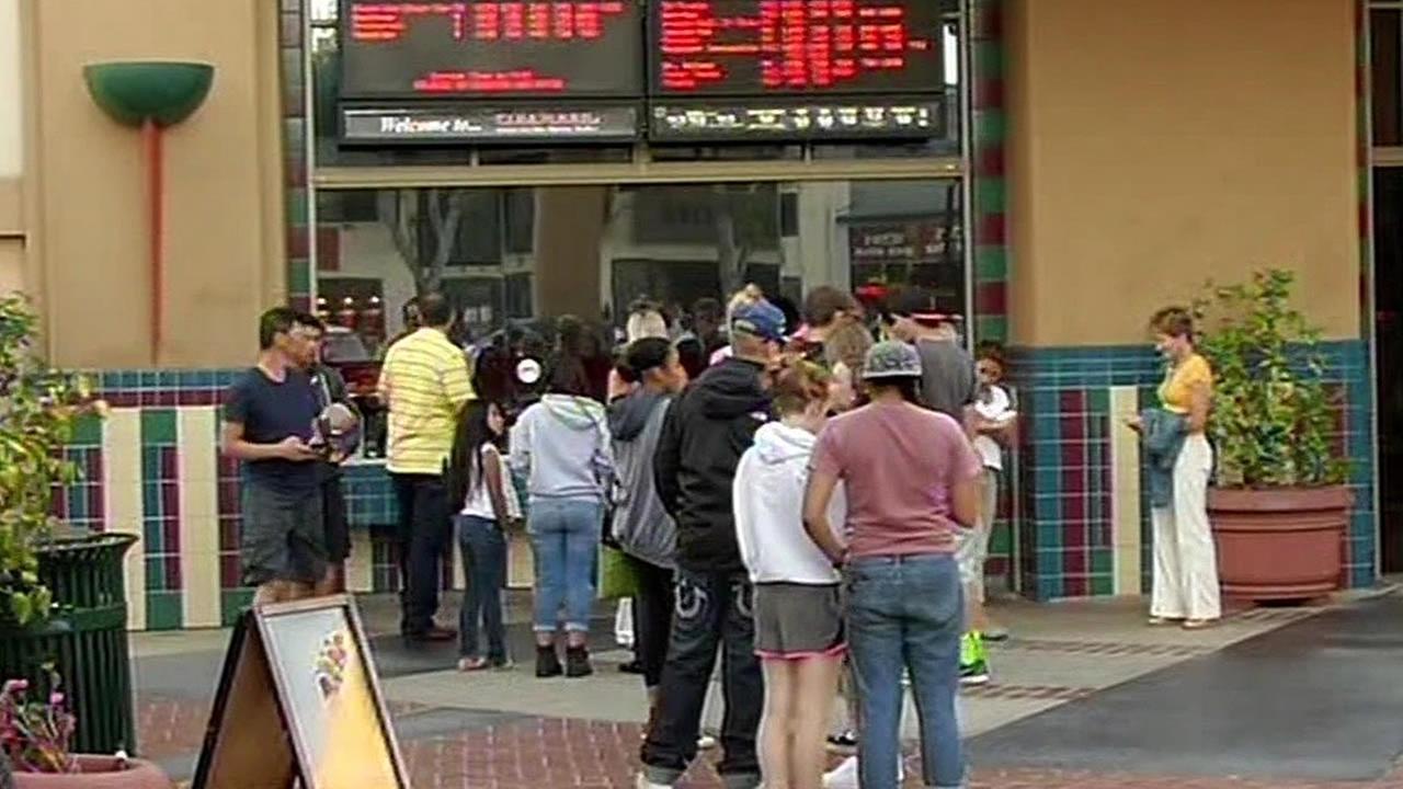 San Mateo movie theater