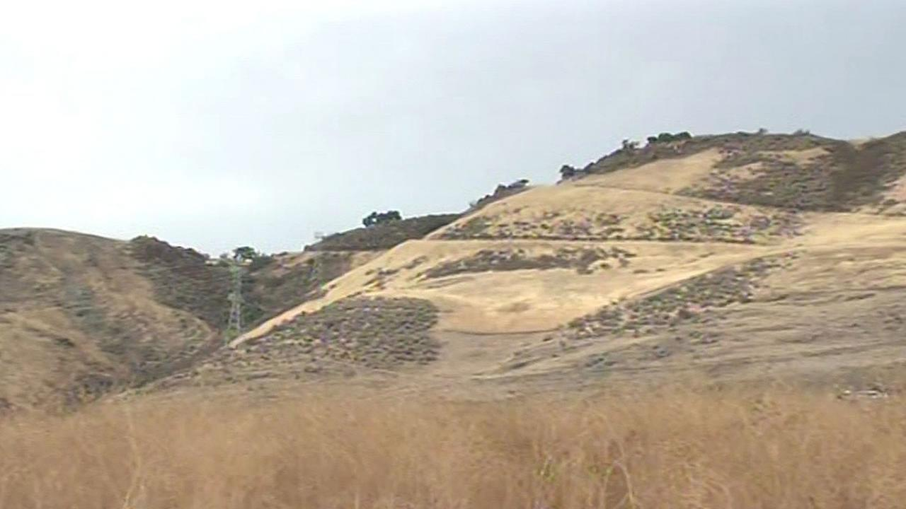 dry hills in San Mateo County