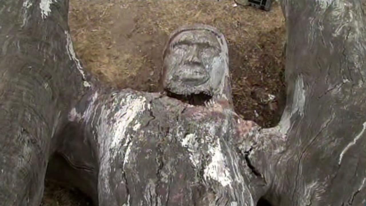 A statue in a small square in Western Addition, which may have created by famed sculptor Sargent Johnson, was vandalized and it has the African American community concerned.