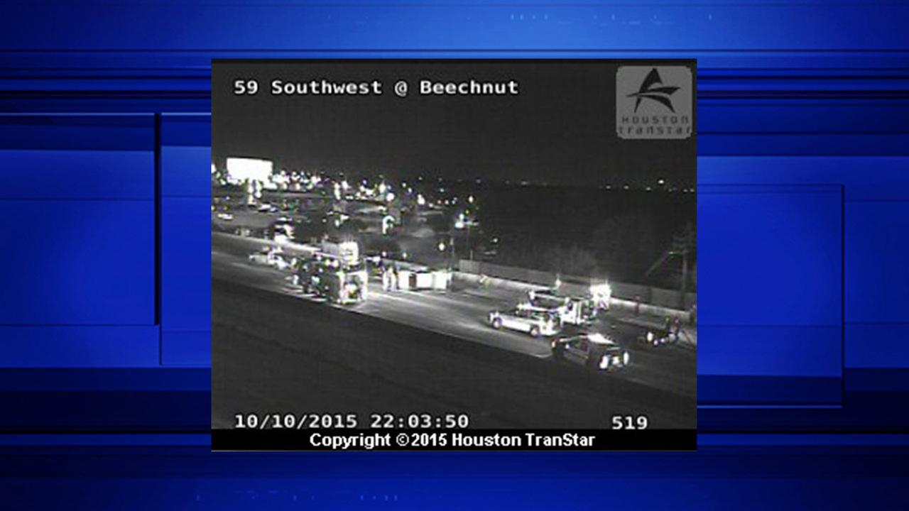 SW Freeway at Beechnut St. reopens following multi-vehicle wreck