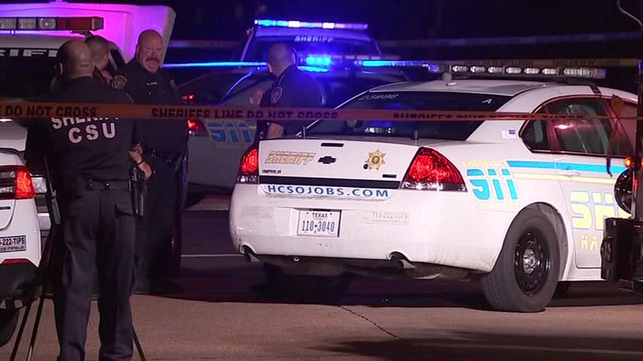 Harris County Sheriffs deputies investigate murder in N. Houston