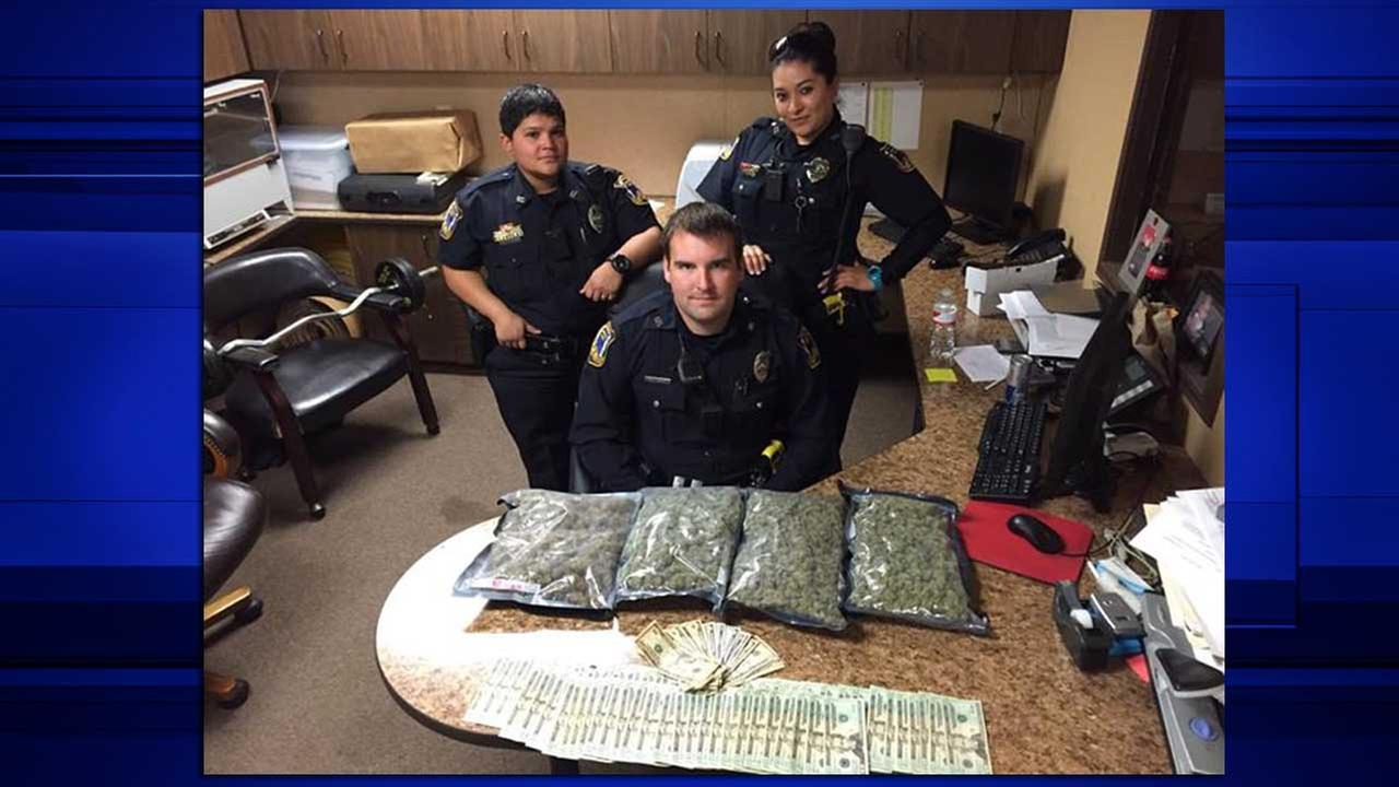 Freeport officers find marijuana, cash during traffic stop