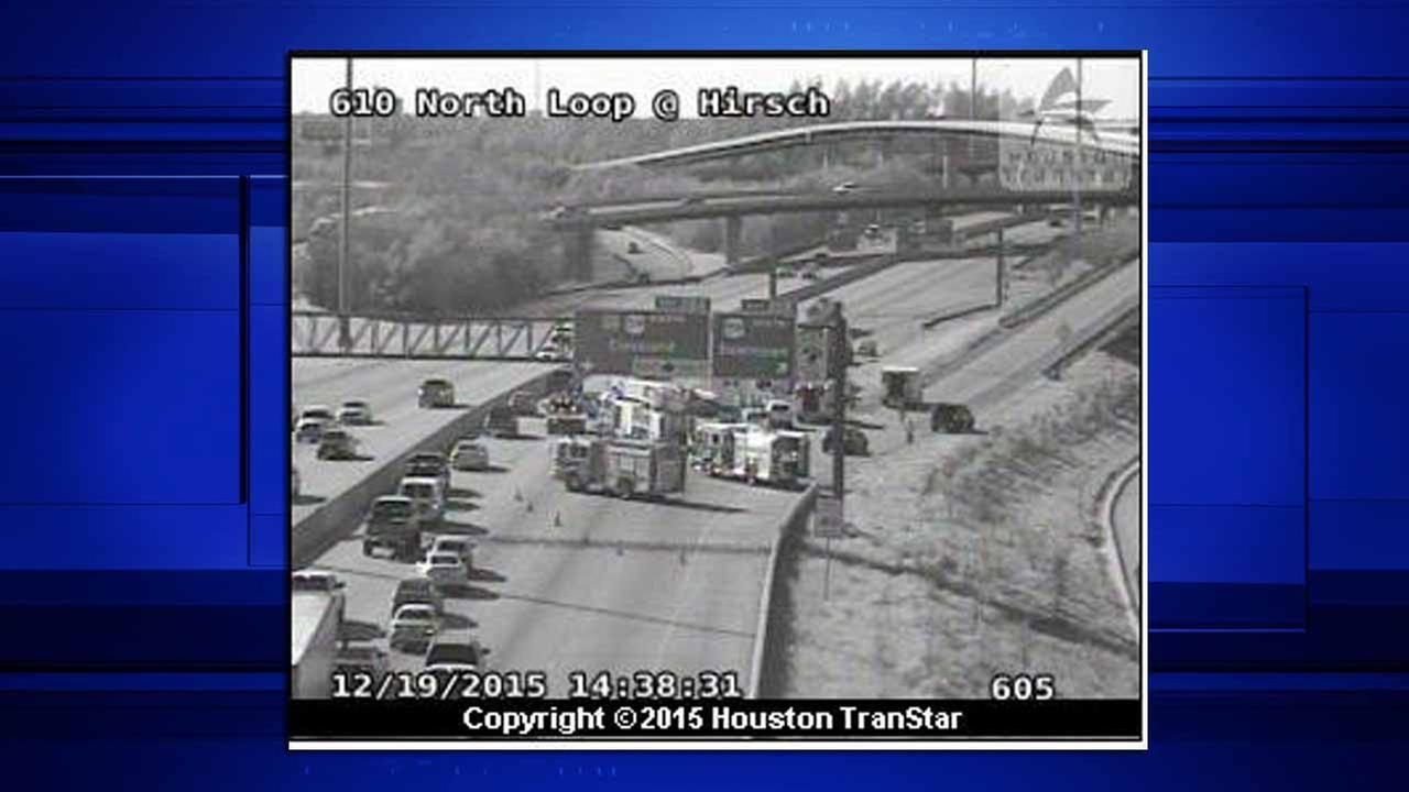 Accident shuts down all mainlanes of 610N and US-59 Eastex