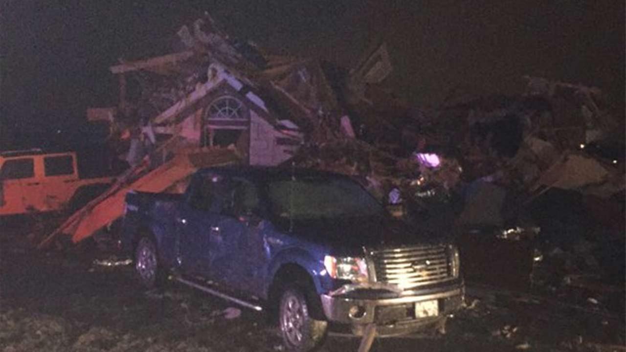 Major damage in Ovilla. Credit: Jonny Snow