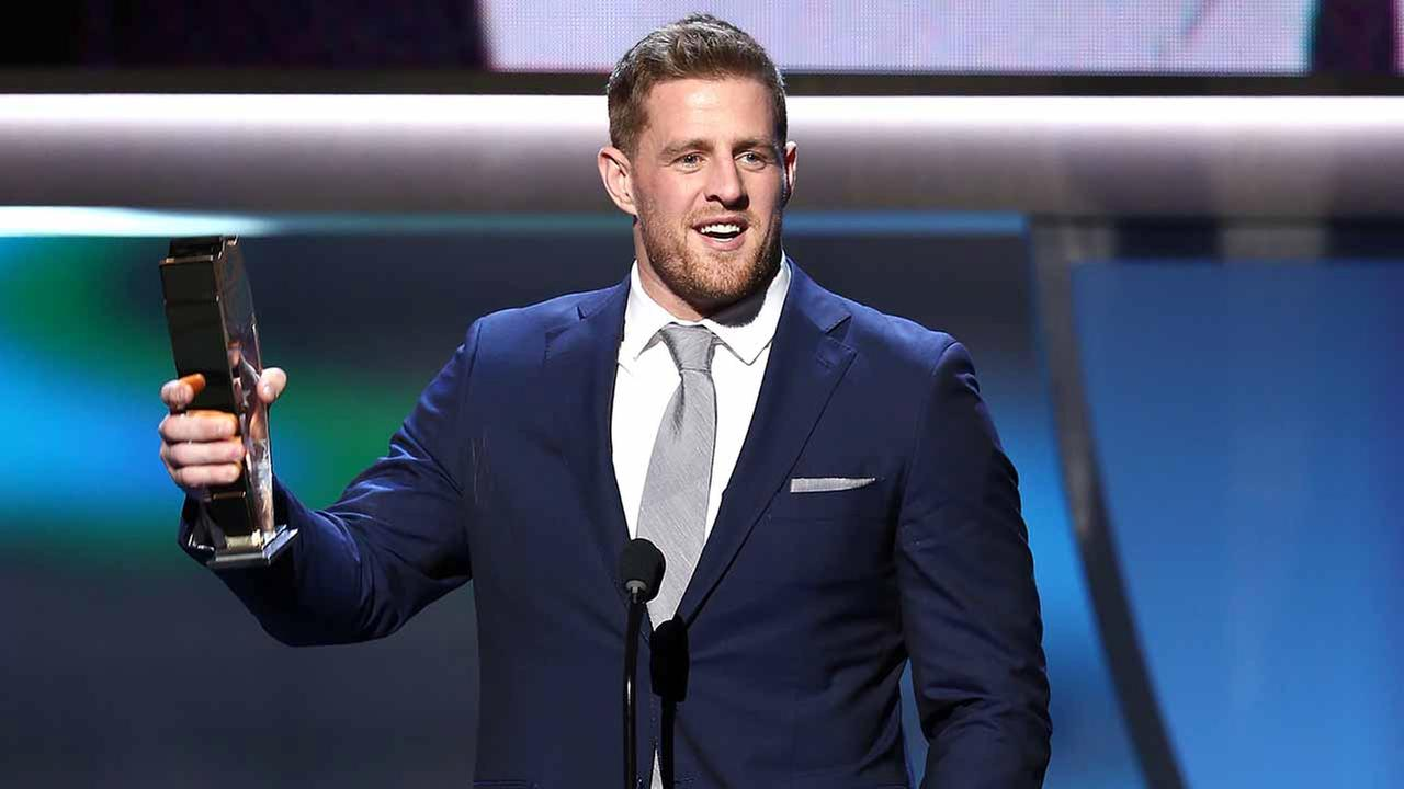 J.J. Watt of the Houston Texans accepts the AP defensive player of the year award at the 5th annual NFL Honors at the Bill Graham Civic Auditorium on Saturday, Feb. 6, 2016.