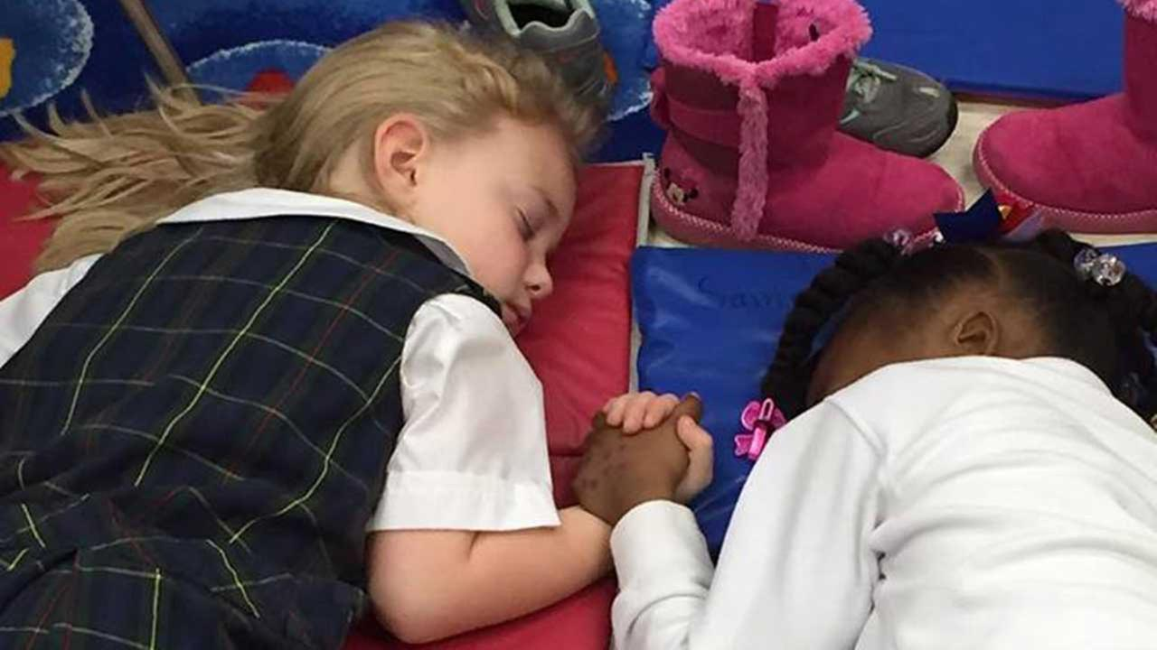 Photo captures heartwarming moment during nap time