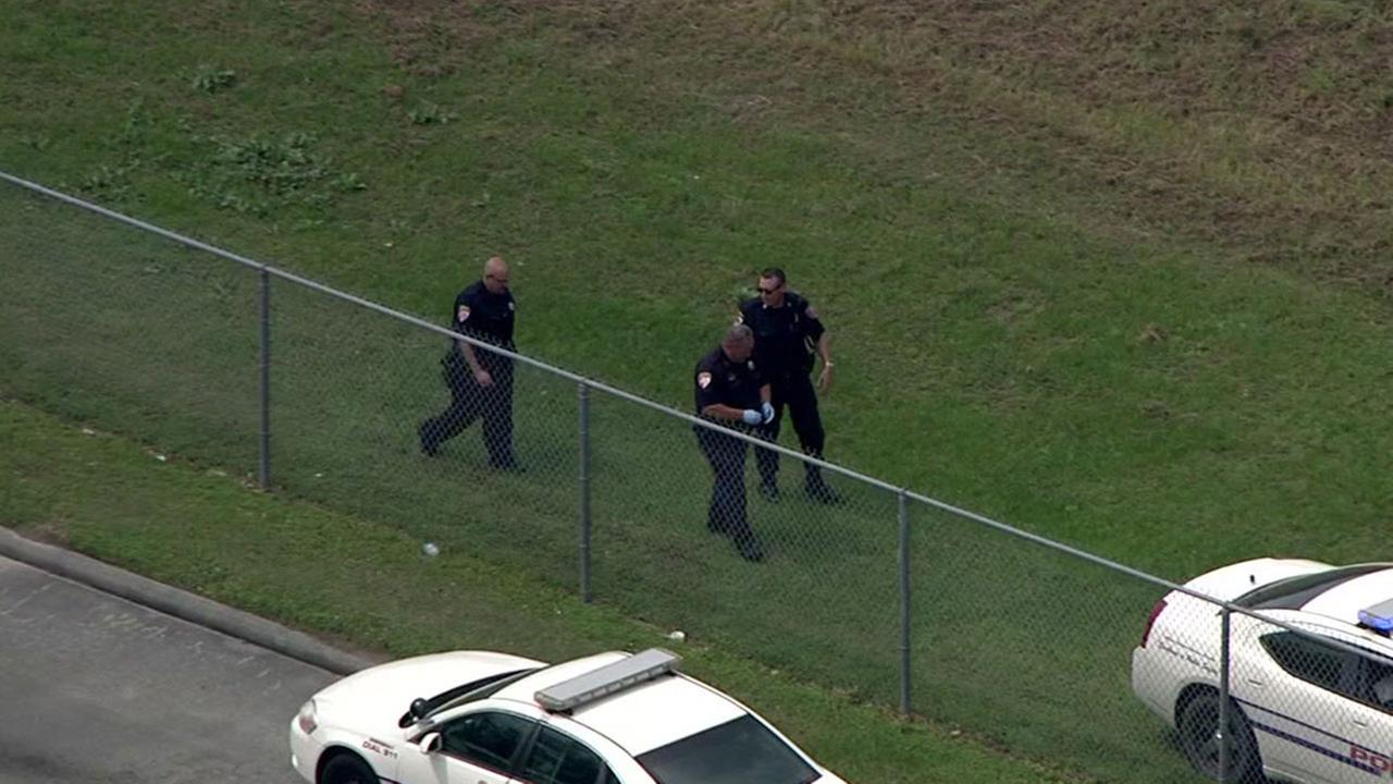 Cops investigate deadly shooting near Aldine ISD elementary school