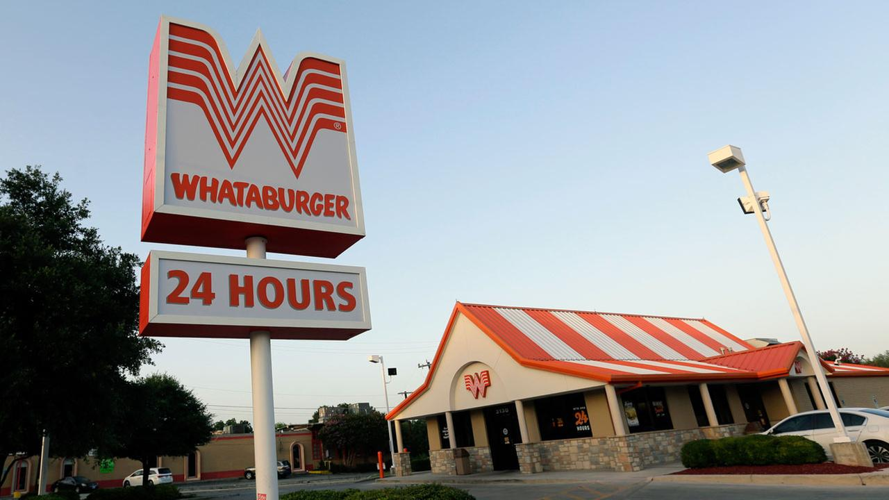 Whataburger offers free meals to Houston first responders