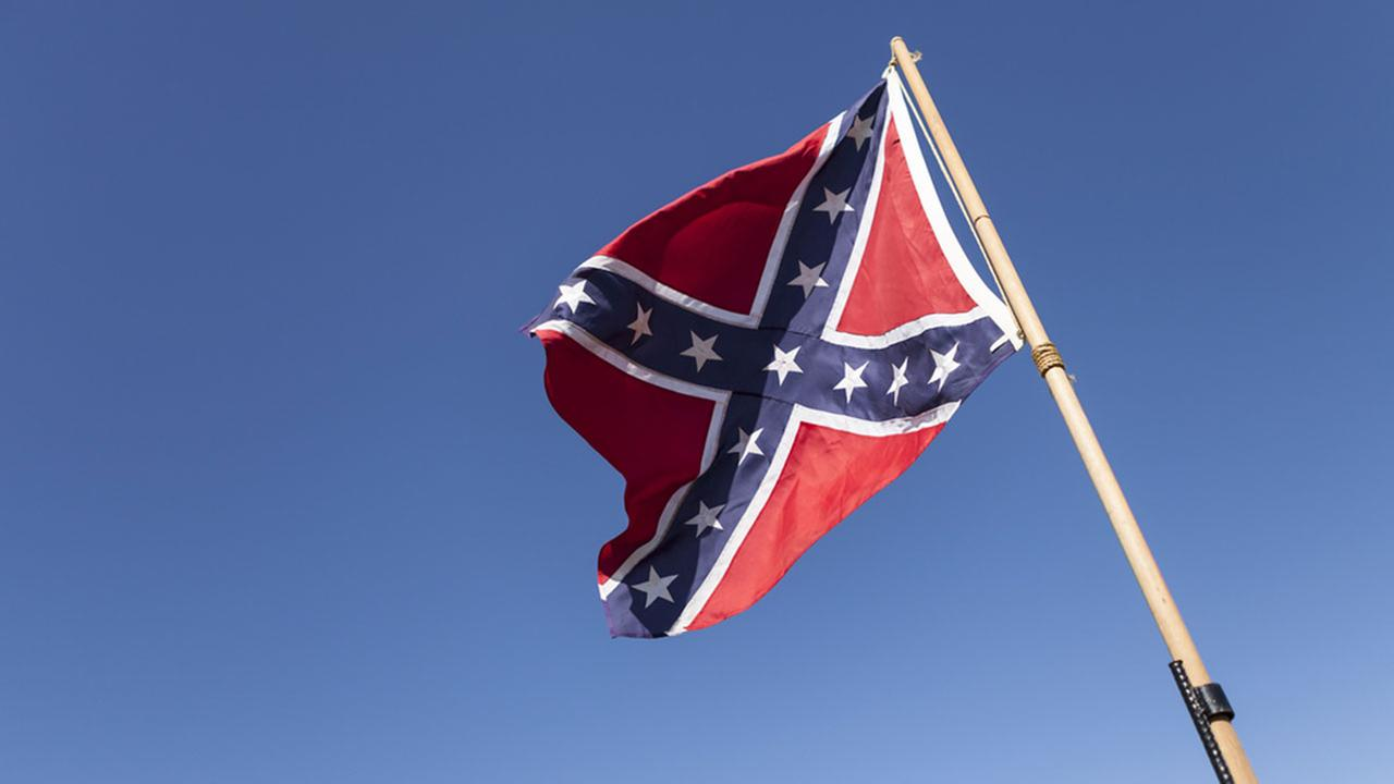 Rapper uses flag and noose to protest Confederate month