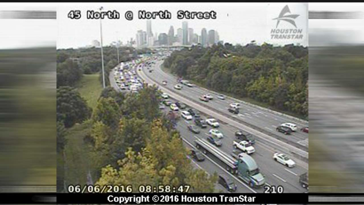 I-45 NB before 610 N. Loop re-opens after wreck