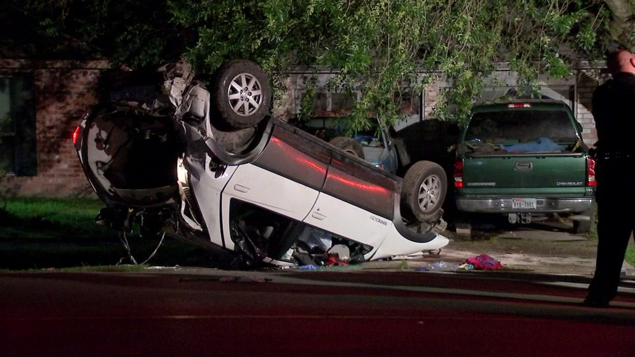 3 injured after car flips over in north Houston
