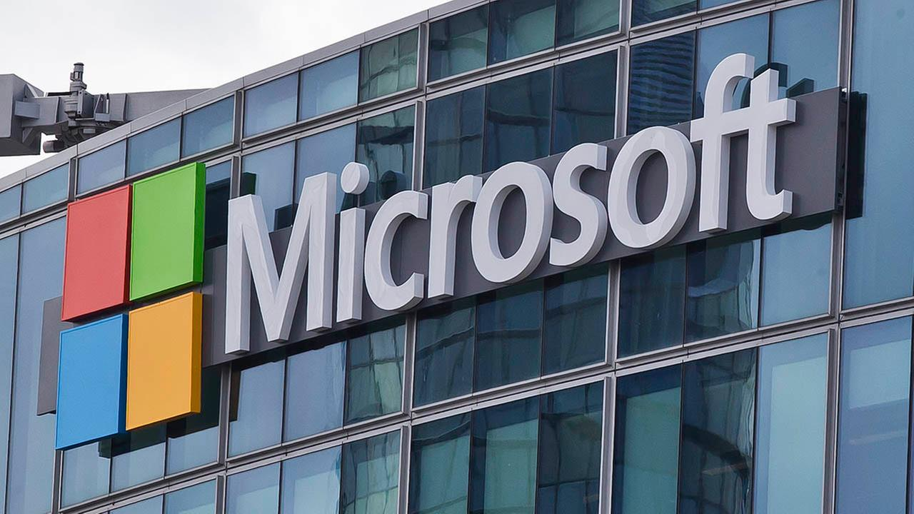 Microsoft set to buy networking site LinkedIn for $26.2 billion