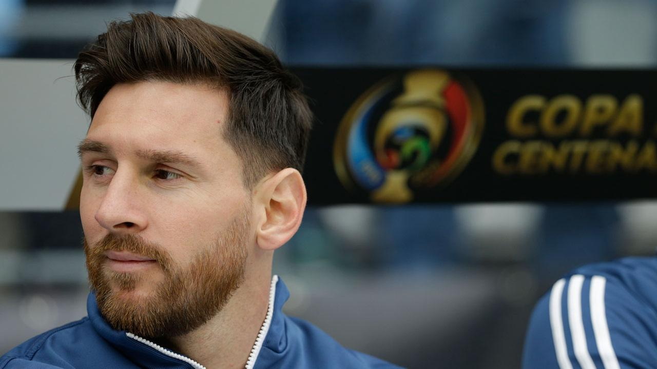 Argentina midfielder Lionel Messi sits on the bench prior to a Copa America Centenario soccer match against Bolivia, Tuesday, June 14, 2016 at CenturyLink Field in Seattle.