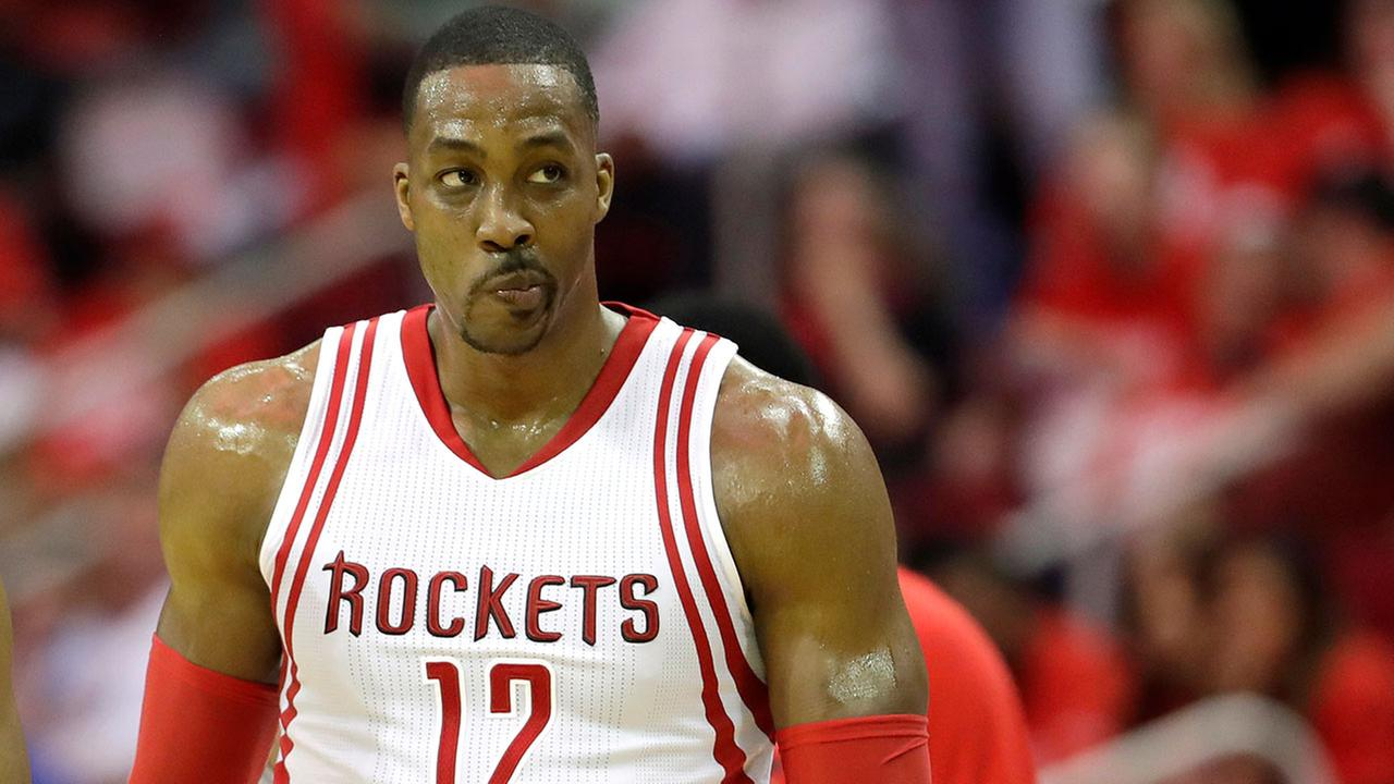 Dwight Howard tells Rockets he's becoming free agent