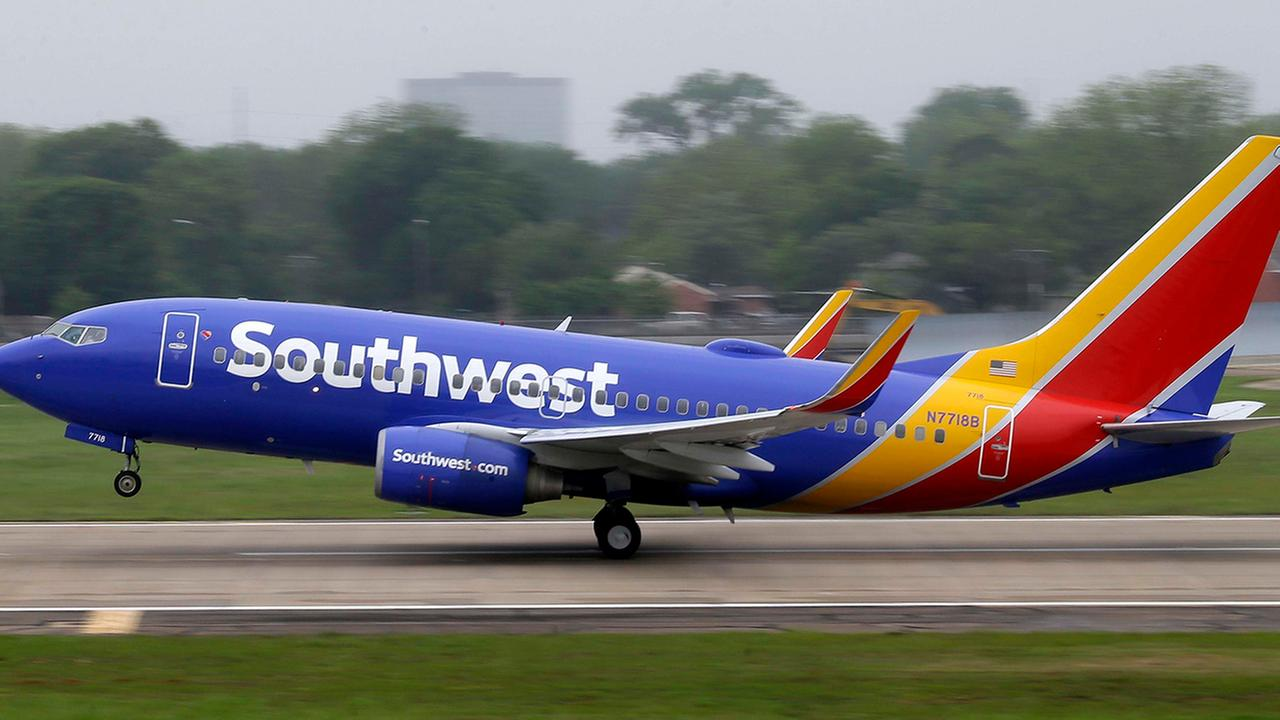 Southwest Airlines' sale offers $40 one-way flights from Los Angeles to Las Vegas