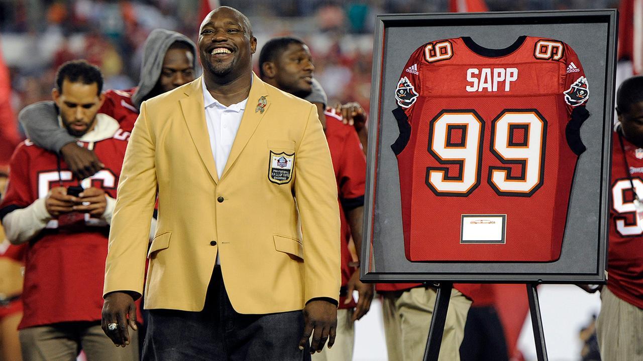 NFL Hall of Famer survives shark attack