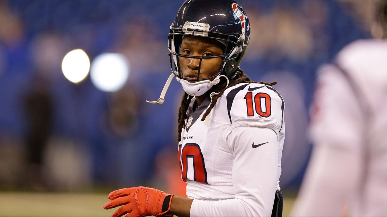 Houston Texans DeAndre Hopkins (10) warms up before the start of an NFL football game between the Indianapolis Colts and the Houston Texans, Dec. 20, 2015, in Indianapolis.