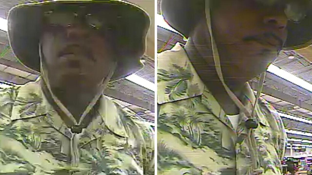 FBI looking for grocery store bank robber