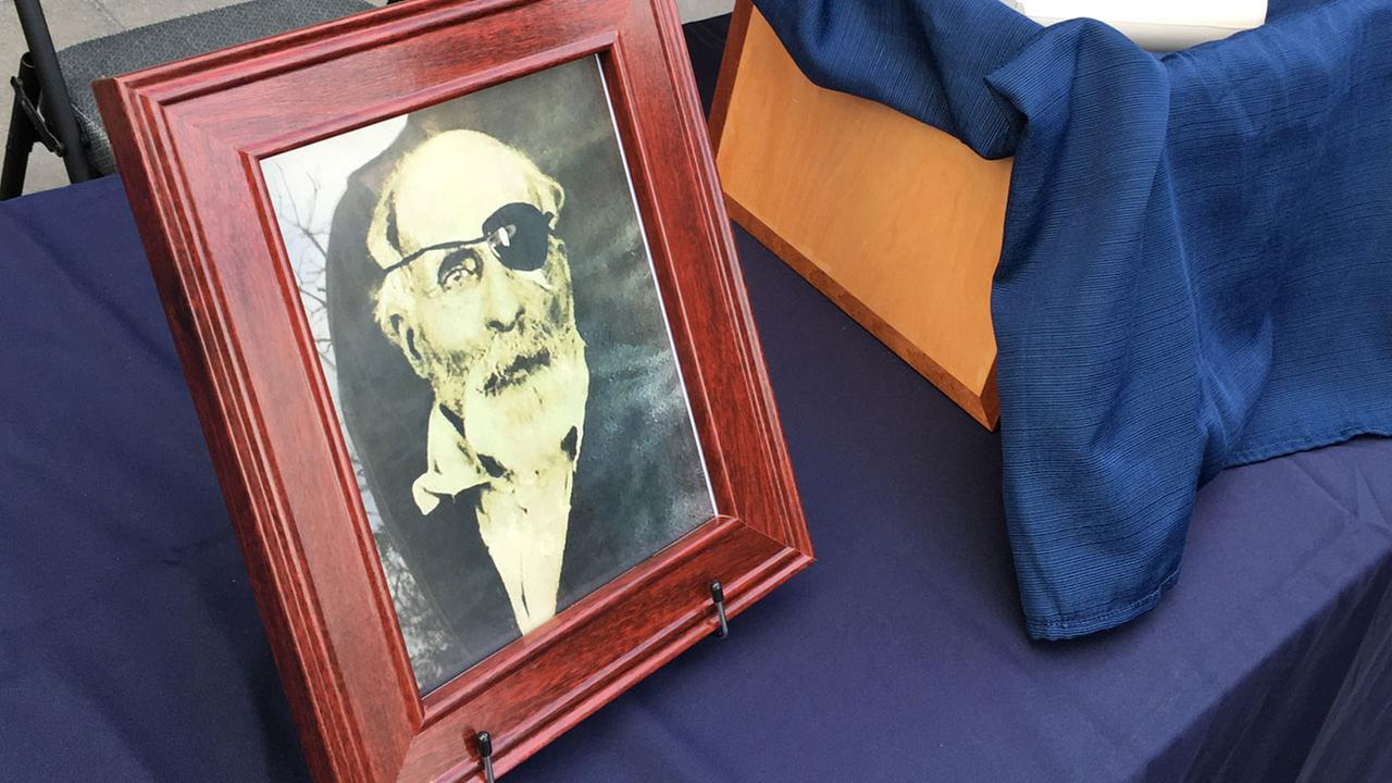 The cremated remains and a photo of Maine Civil War soldier Jewett Williams are headed for a motorcycle journey across the country.