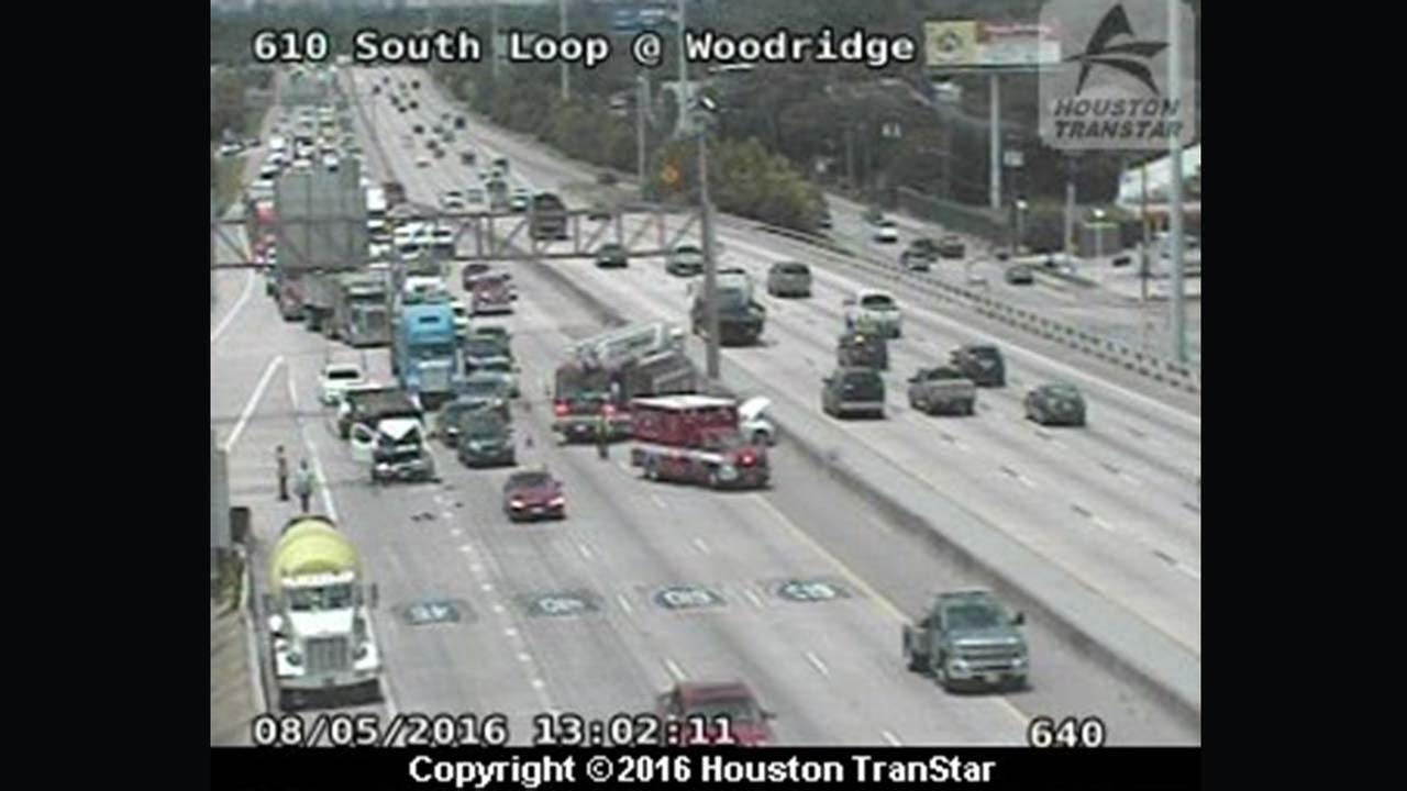 Heavy truck wreck snarling traffic on South Loop EB at Woodridge