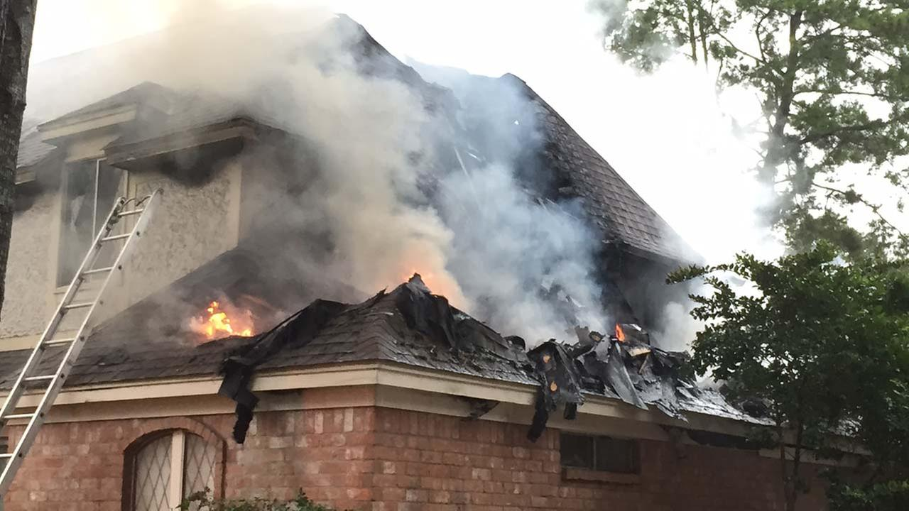 Two-alarm house fire in NW Harris Co. sparked by lightning strike, fire authorities say