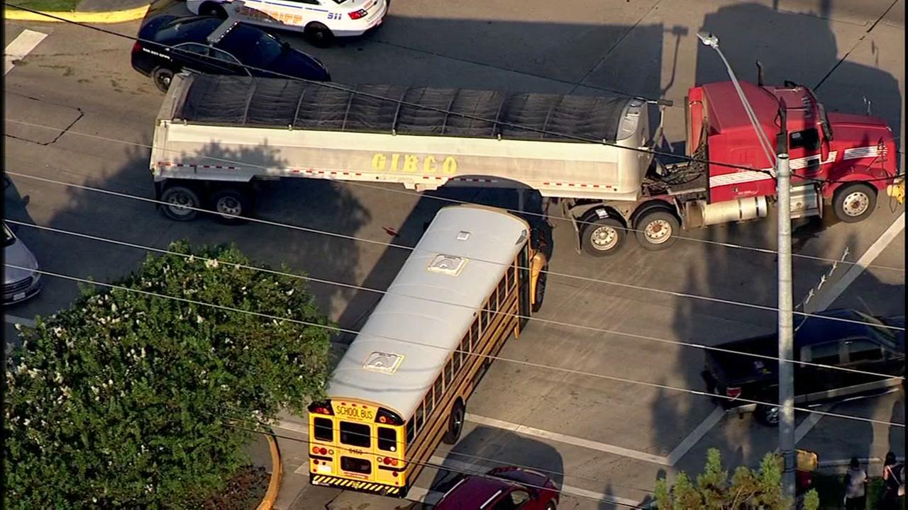 School bus crashes on Fry Road in NW Harris Co.