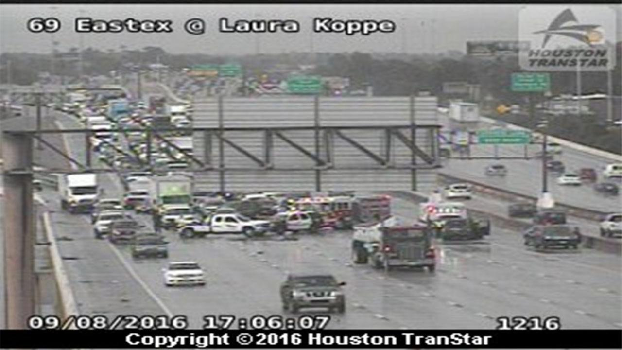 3-car accident shuts down all lanes on Eastex Freeway southbound at Laura Koppe Rd