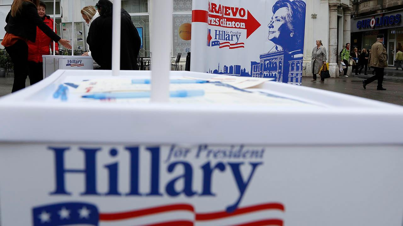 Clinton campaign: No health issues after mailed powder found