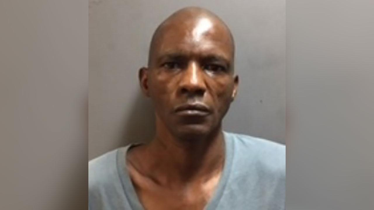 Officials say a tipster led them to sex offender Charles Simpson, who was apprehended November 3, 2016 in Houston after nearly a year on the run.