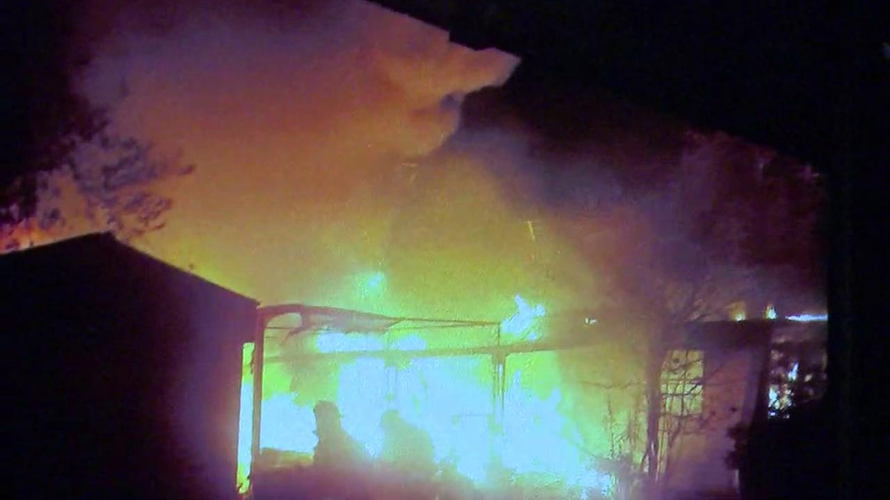 Mobile home fire in SW Houston