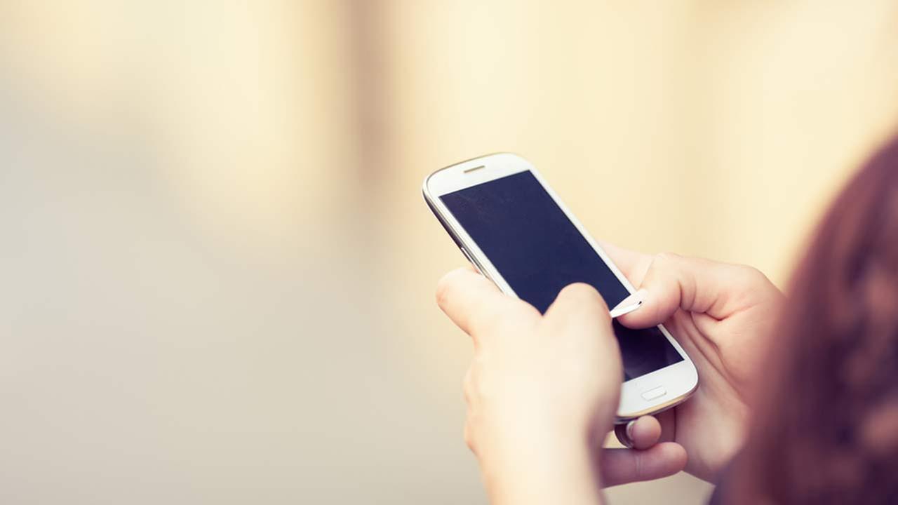 Police investigate sexting at Lake Zurich school district