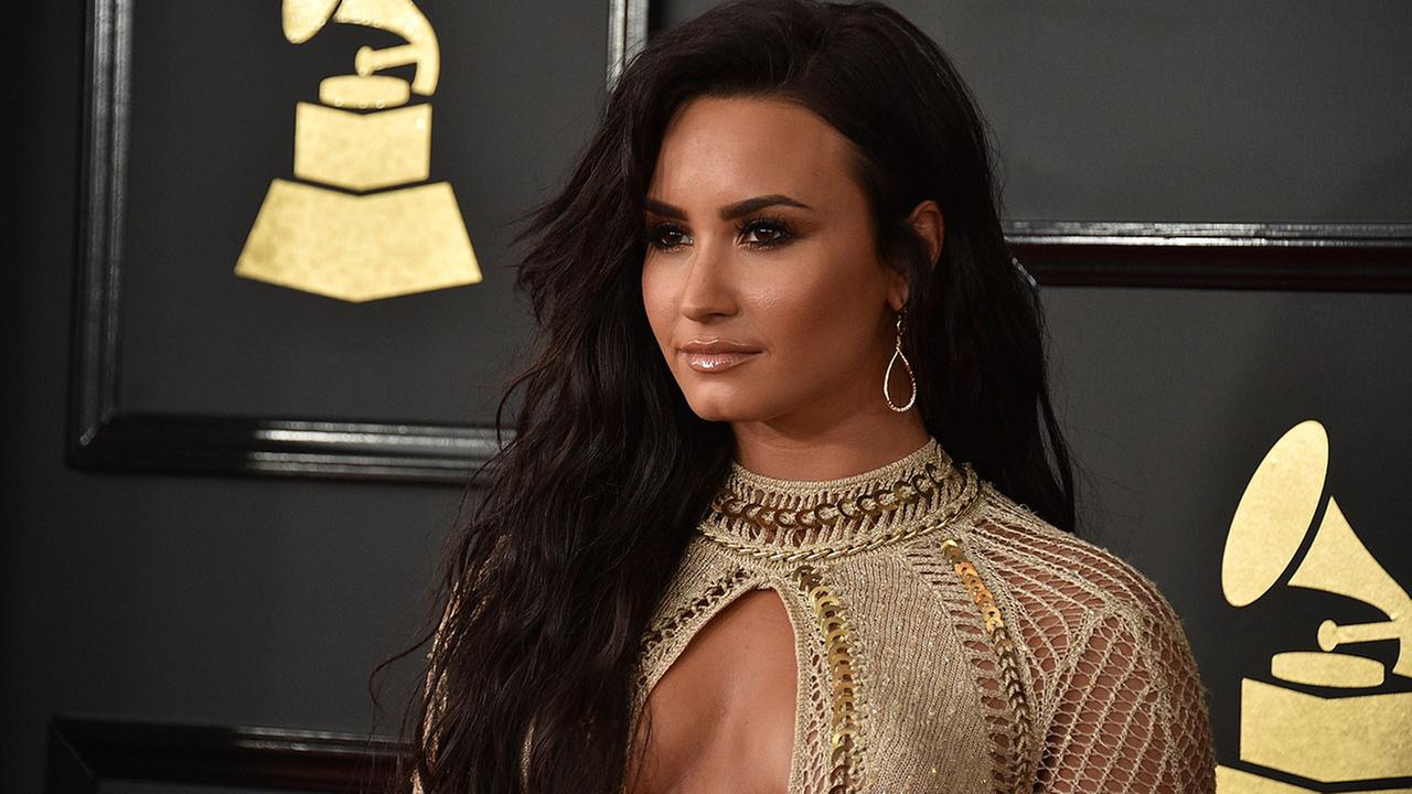 Demi Lovato arrives at the 59th annual Grammy Awards at the Staples Center on Sunday, Feb. 12, 2017, in Los Angeles