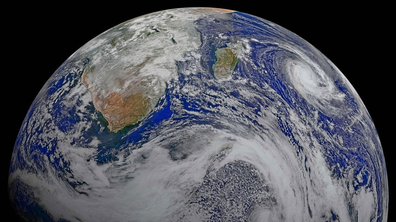 NASA puts Earth up for adoption