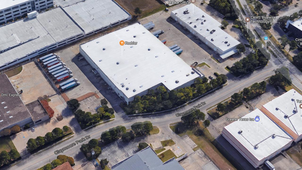 Kellogg Company will permanently close its distribution center at 3010 Claymoore Park Drive later this year.