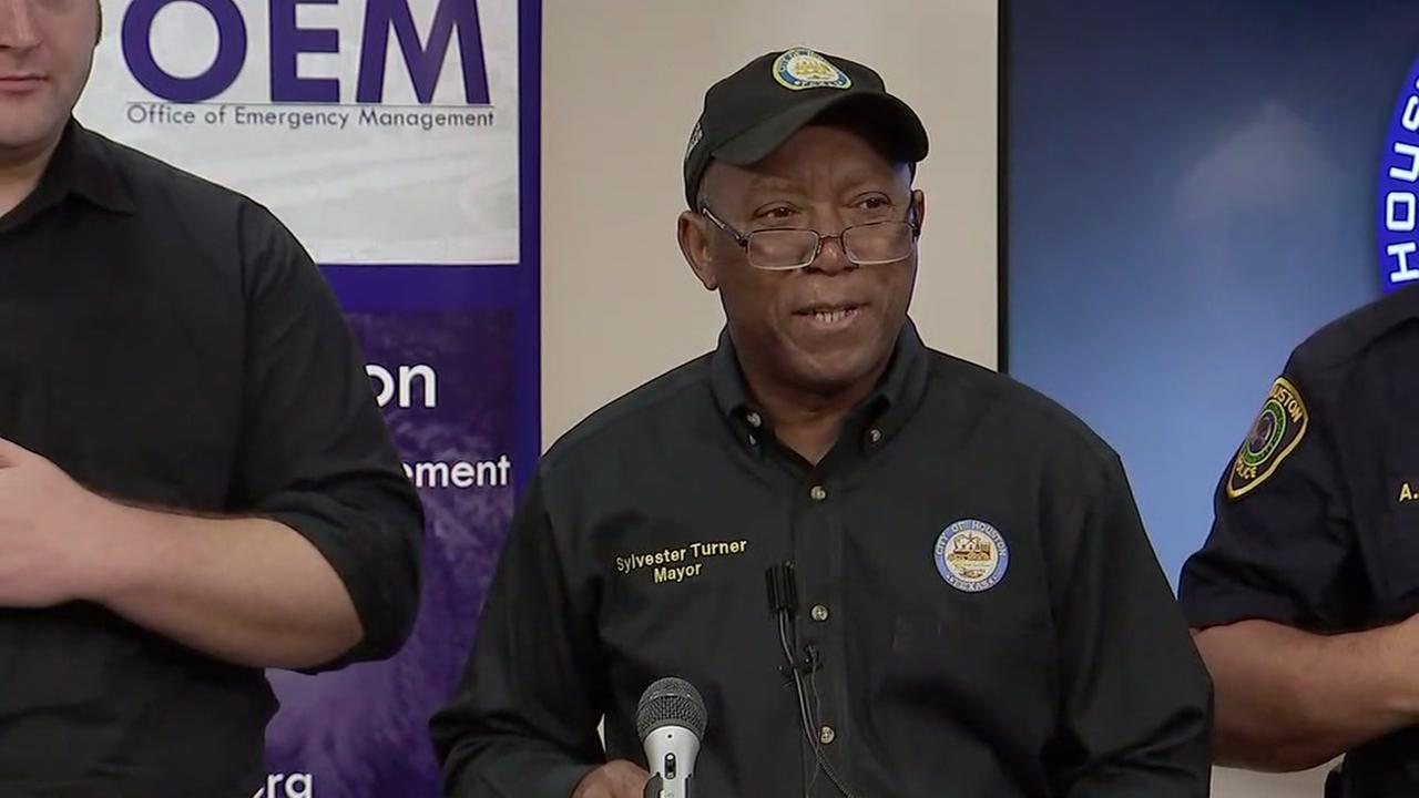 Houston Mayor Sylvester Turner updates rescue operations happening around the city on August 28, 2017.
