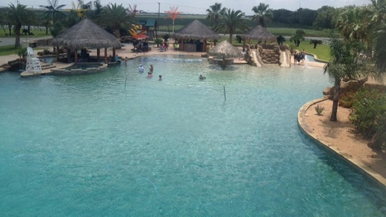Photos World S Largest Backyard Pool Abc13 Com