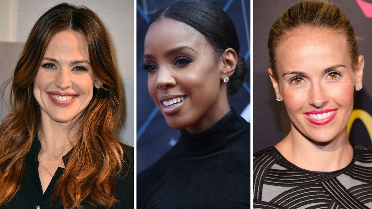Celebrities with mom belly - Jennifer Garner, Kelly Rowland and Heather Mitts
