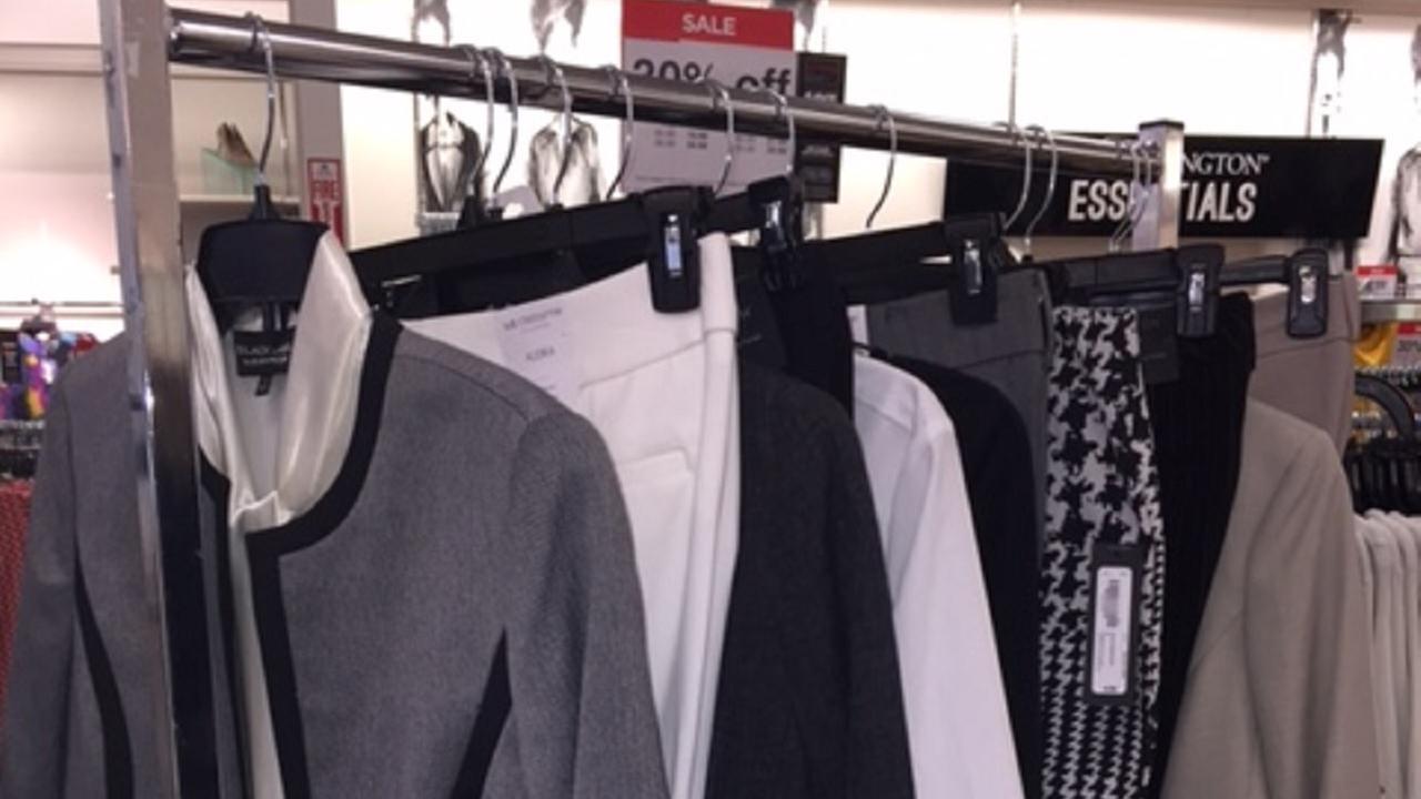 Scandal clothing rack